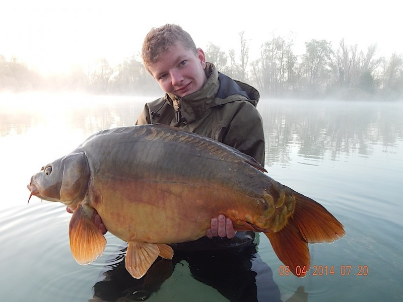 Mike with a 32.07lb mirror
