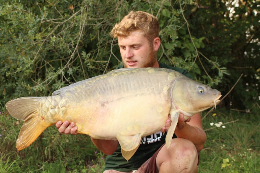 Rob Mitchel 34lb8oz Tea party 1 2.9.17