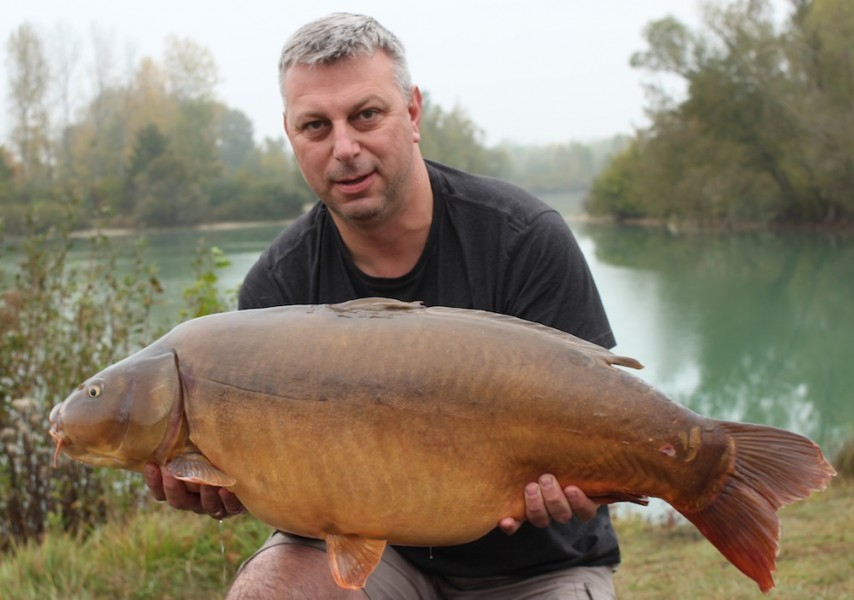 Jason Foster with his 39lb mirror