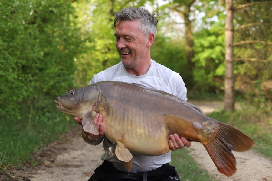 Lee Clarke, 42lb 8oz, New Beach, 21.4.18