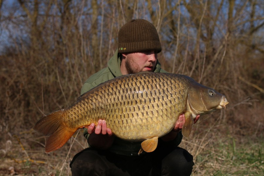 Jack Link with a 26lb common from Turtles 23/03/19