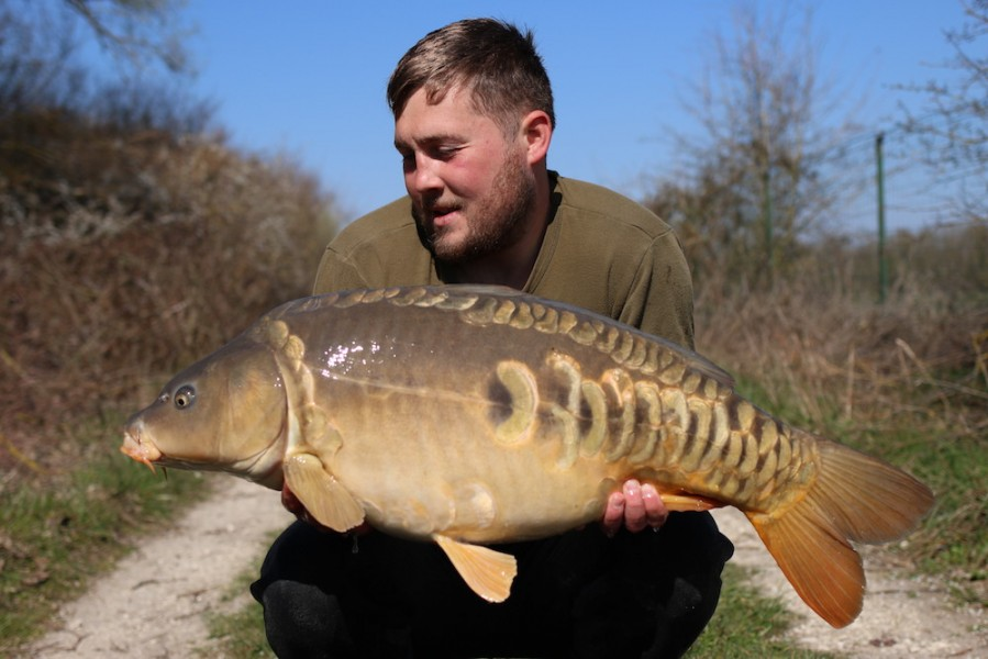 Jack Link with a 27lb 8oz mirror from turtles corner 23/03/19