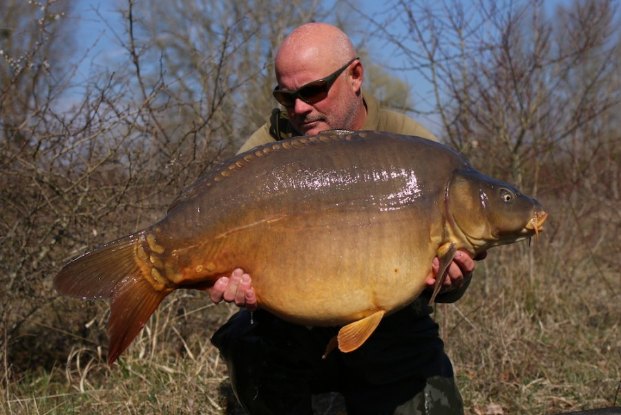 Steve French with Stormin Norman @ 45lb 8oz from The Poo 23/03/19