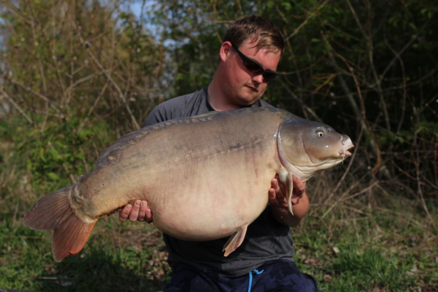 Paul Burt with Toucan at 47lb 8oz from Tea Party 1 13.4.2019
